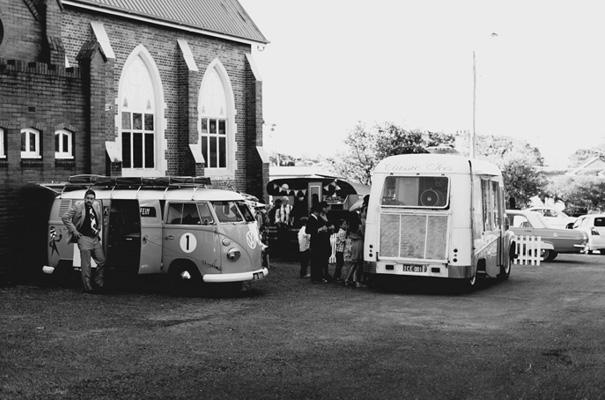 retro-pink-queensland-wedding-photographer-icecream-truck-vintage31