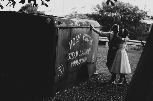 retro-pink-queensland-wedding-photographer-icecream-truck-vintage38