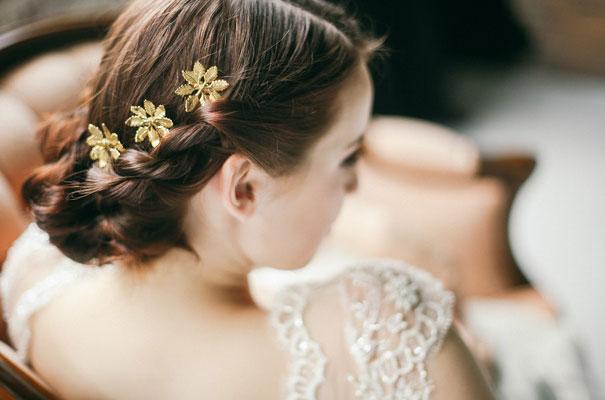 three-sunbeams-bridal-hair-accessories-veil3