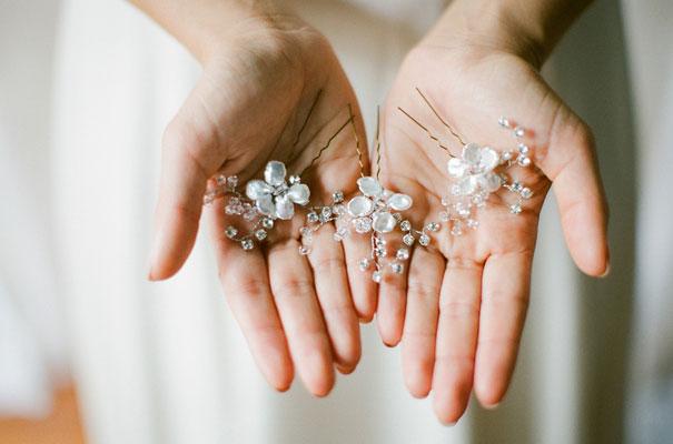 three-sunbeams-bridal-hair-accessories-veil4