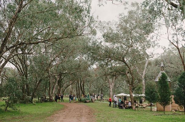 albury-country-murry-river-tabletop-wedding-bride15