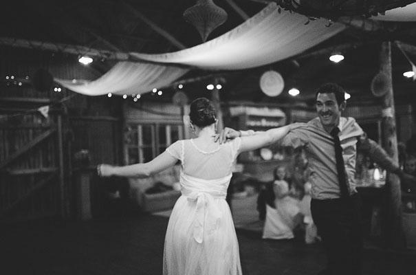 albury-country-murry-river-tabletop-wedding-bride47
