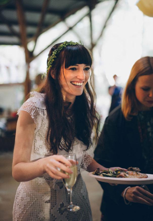 cake-sunflower-Victoria-country-wedding-diy-paper-hearts-photographer-gypsy-bride57