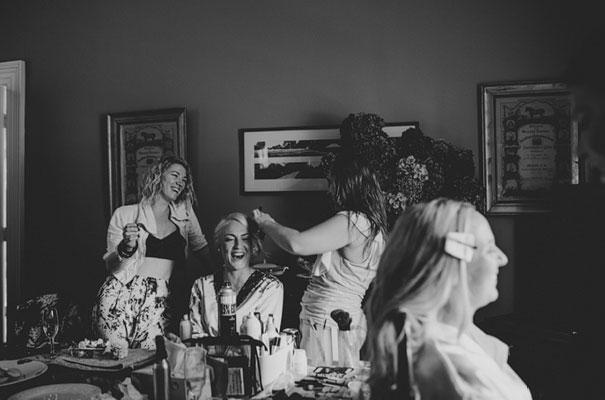 carla-zampatti-bride-country-nsw-wedding14