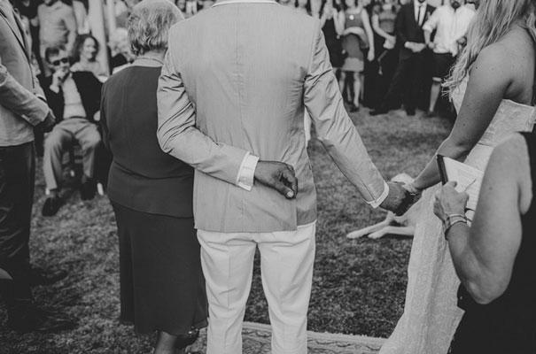 carla-zampatti-bride-country-nsw-wedding22