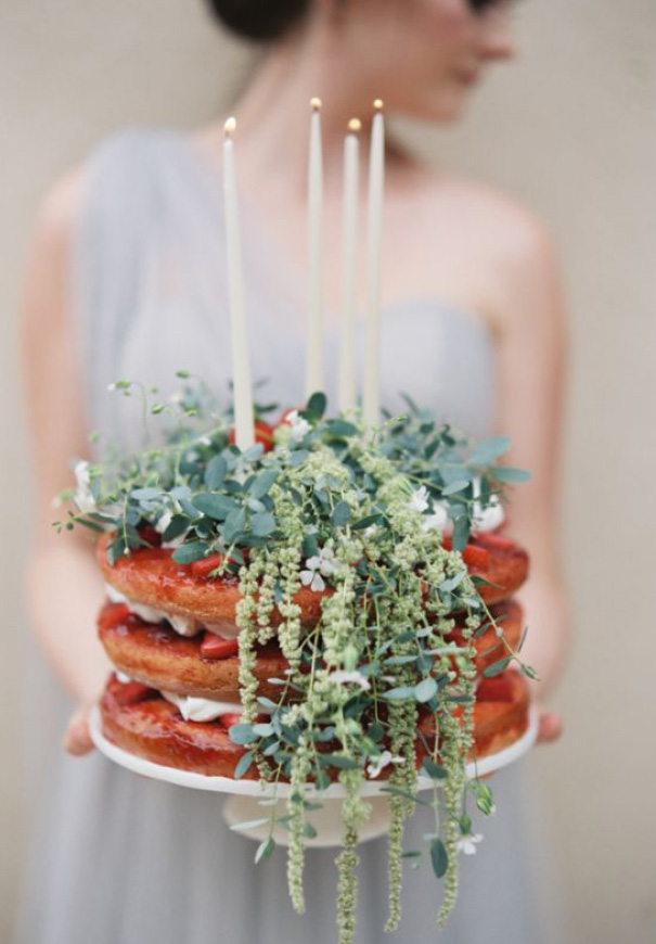 naked-wedding-cake-reception-flowers-inspiraton-donut-cake213