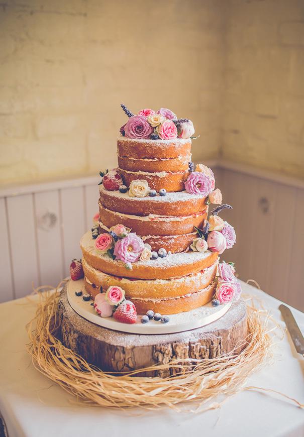 naked-wedding-cake-reception-flowers-inspiraton-donut-cake218