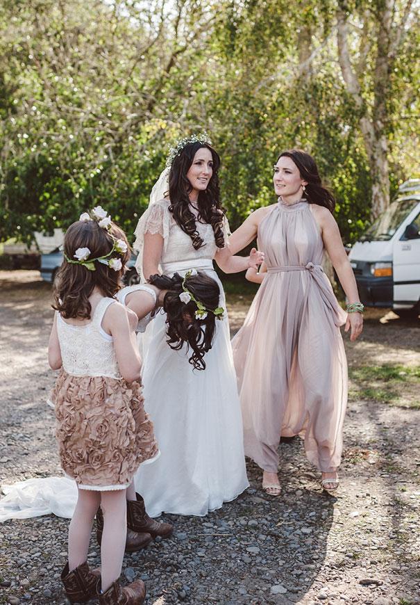 DIY-new-zealand-wedding-photographer-barn-boho-bride12