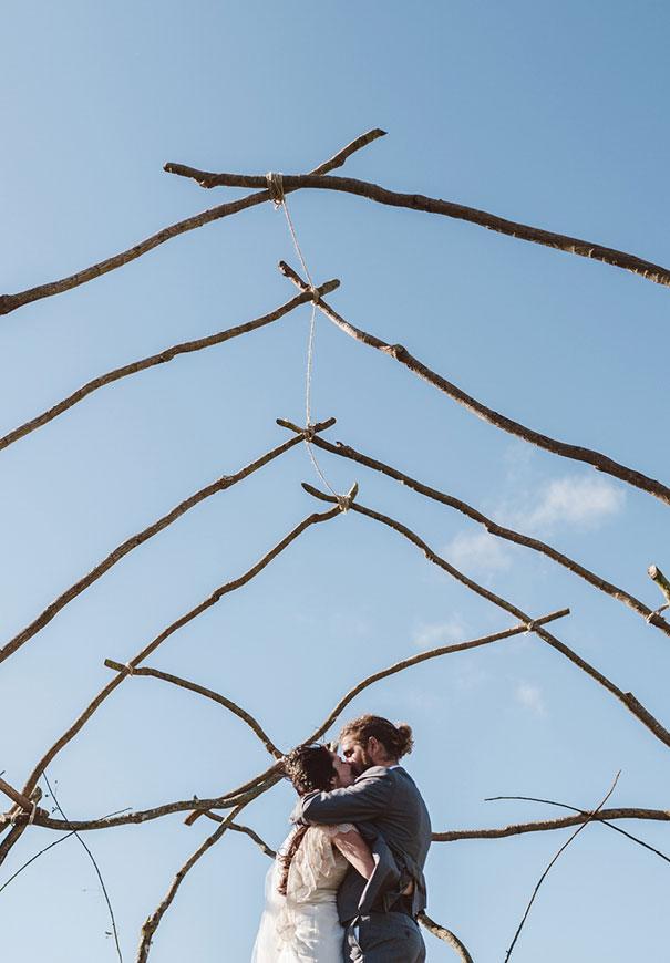 DIY-new-zealand-wedding-photographer-barn-boho-bride13