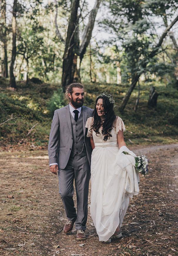 DIY-new-zealand-wedding-photographer-barn-boho-bride15
