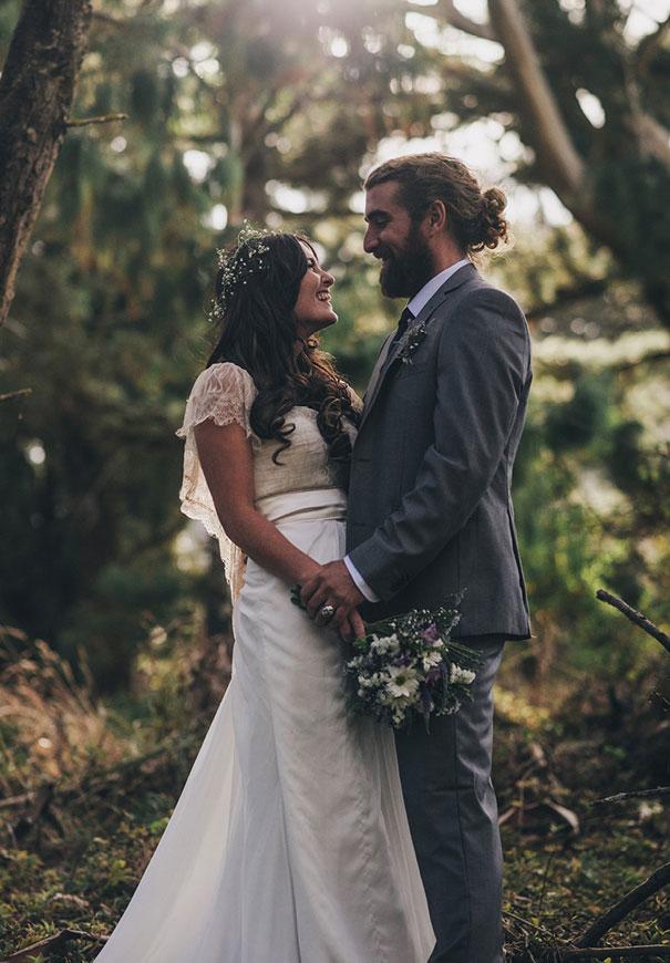 DIY-new-zealand-wedding-photographer-barn-boho-bride18