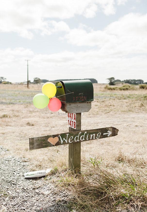 DIY-new-zealand-wedding-photographer-barn-boho-bride8