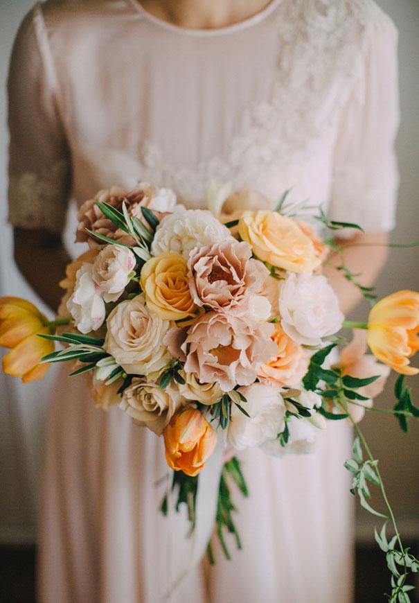 Mitch-Pohl-wedding-photographer-bride-flowers-greek-wedding