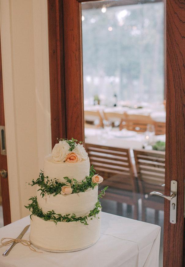 NSW-kangaroo-valley-wedding-australian-bride-bush-country33