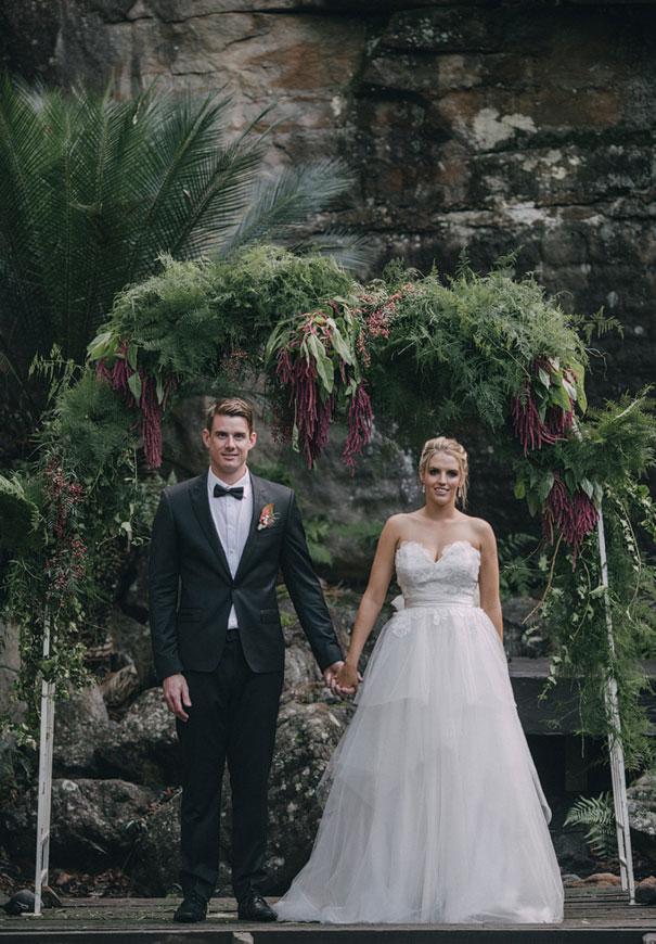 NSW-kangaroo-valley-wedding-australian-bride-bush-country37