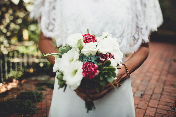 beautiful-wild-flowers-bridal-bouquet-inspiration-wedding-florals14