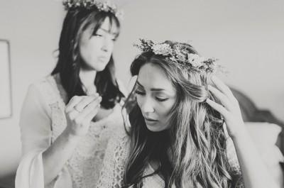 boho-bride-californian-wedding-barn-bhldn5