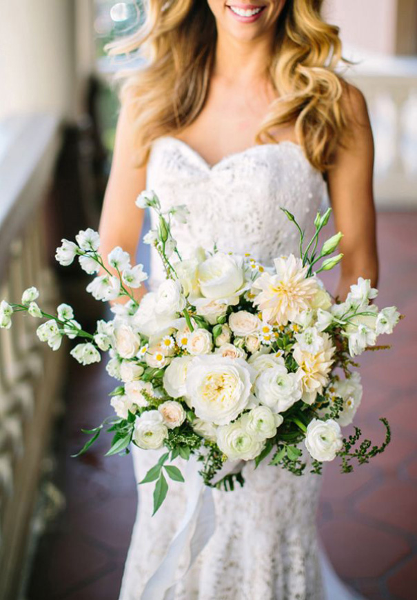 cool-beautiful-wild-flowers-bridal-bouquet-inspiration-wedding-florals