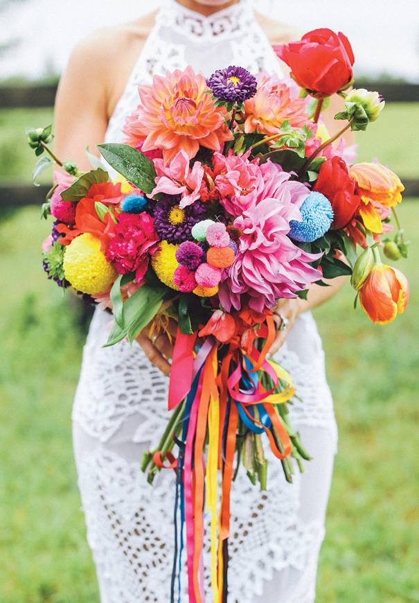 cool-beautiful-wild-flowers-bridal-bouquet-inspiration-wedding-florals10