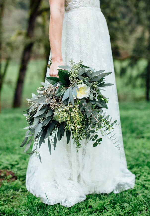 cool-beautiful-wild-flowers-bridal-bouquet-inspiration-wedding-florals12