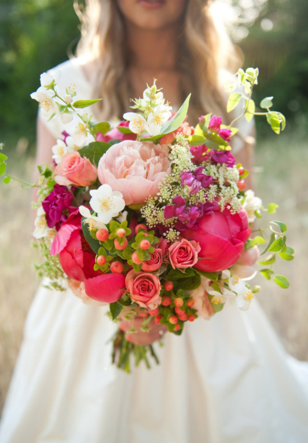 cool-beautiful-wild-flowers-bridal-bouquet-inspiration-wedding-florals5