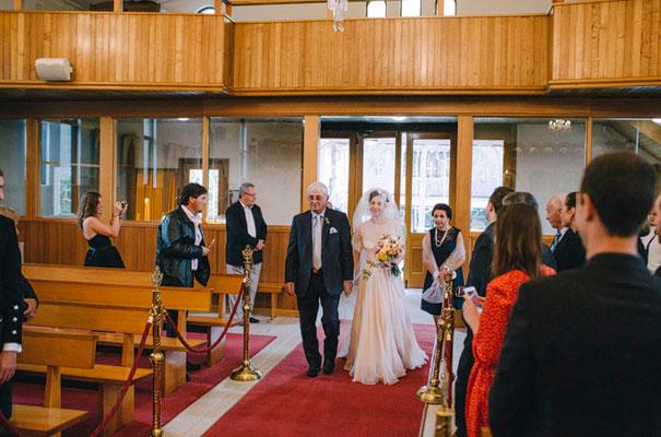 jardine-botanic-orange-peach-roses-bride-flowers-greek-wedding26