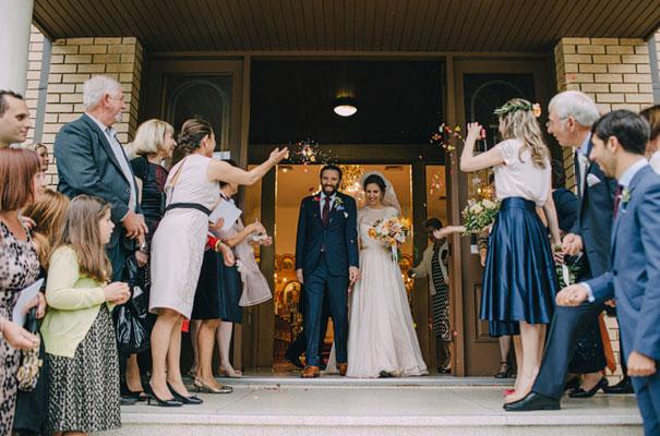jardine-botanic-orange-peach-roses-bride-flowers-greek-wedding30