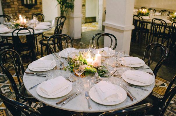 jardine-botanic-orange-peach-roses-bride-flowers-greek-wedding40