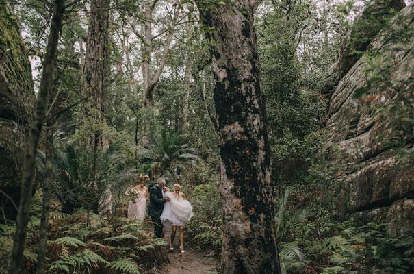 kangaroo-valley-wedding-australian-bride-bush-country31