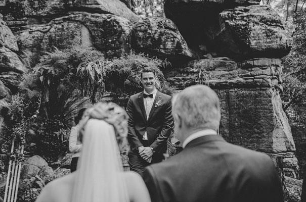 kangaroo-valley-wedding-australian-bride-bush-country35