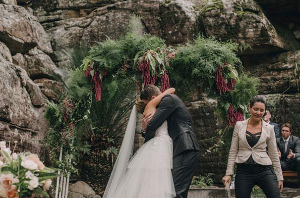 kangaroo-valley-wedding-australian-bride-bush-country41