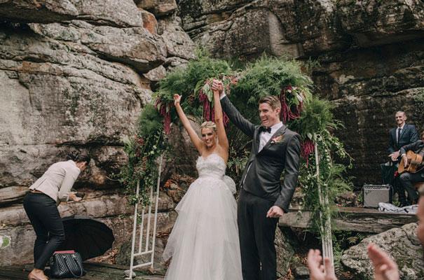 kangaroo-valley-wedding-australian-bride-bush-country42
