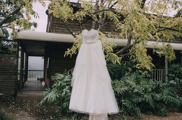 kangaroo-valley-wedding-australian-bride-bush-country9