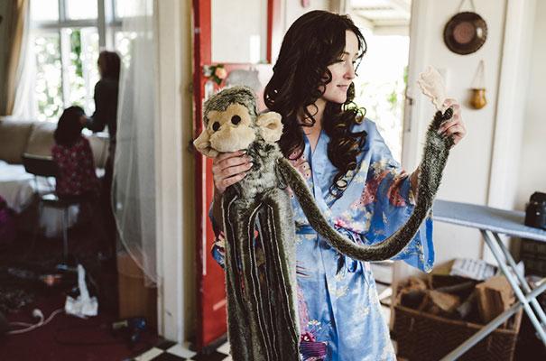 new-zealand-wedding-photographer-barn-boho-diy-bride10