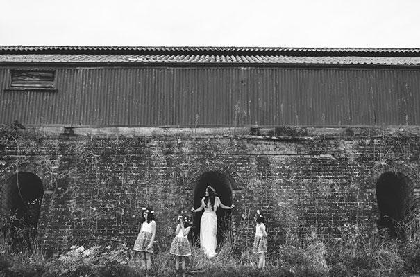 new-zealand-wedding-photographer-barn-boho-diy-bride13