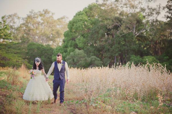 rock-n-roll-retro-vintage-bride-bright-backyard-wedding24