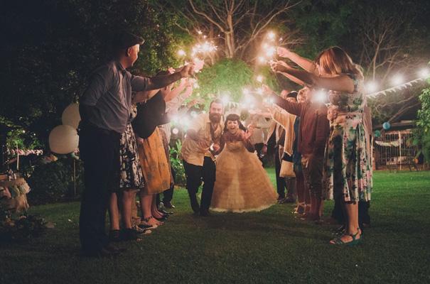 rock-n-roll-retro-vintage-bride-bright-backyard-wedding38