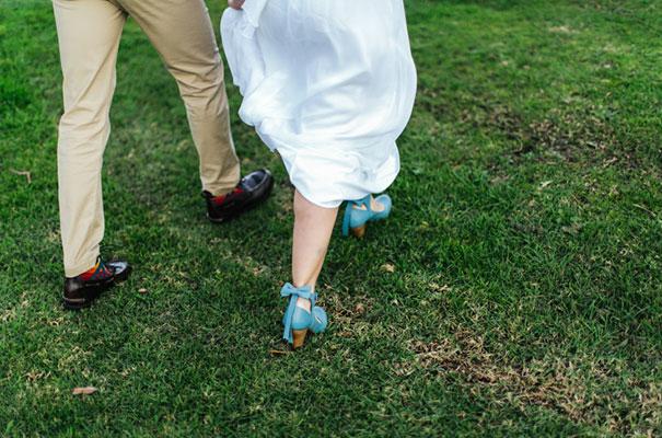 barn-grace-loves-lace-food-trunk-wedding-reception18