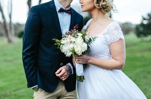 barn-grace-loves-lace-food-trunk-wedding-reception20