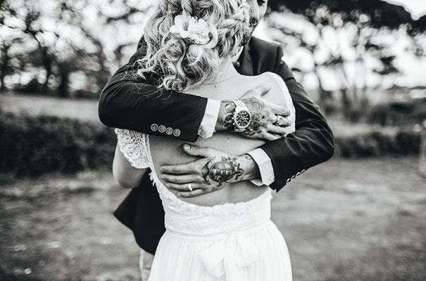 barn-grace-loves-lace-food-trunk-wedding-reception21
