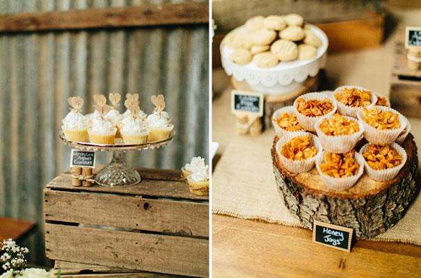 barn-grace-loves-lace-food-trunk-wedding-reception27