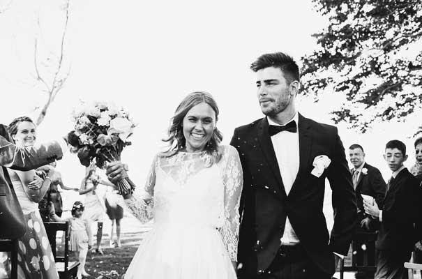 byron-bay-rue-de-seine-harvest-cafe-wedding-bride-photographer17