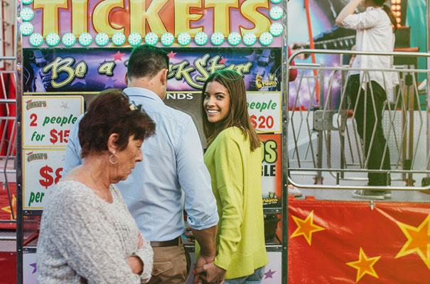 circus-country-fair-ekka-engagement-photo-shoot-ideas15