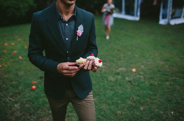 perth-bunting-wedding-hair-photographer-country-diy-homemae26
