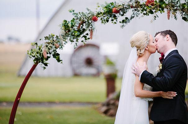 queensland-barn-hanger-bo-and-luca-wedding-bride15