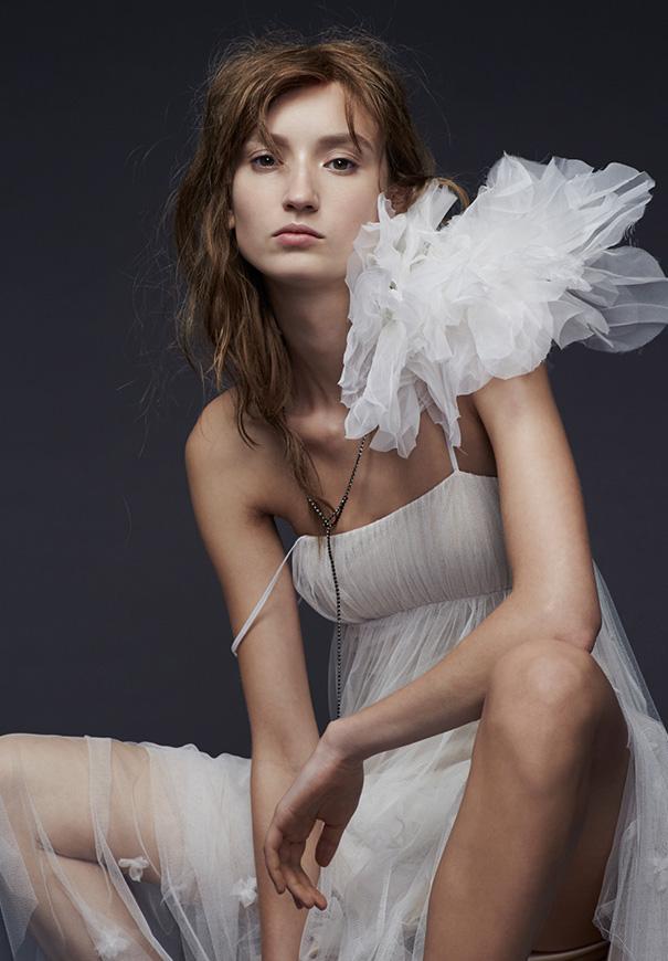 vera-wang-2015-bridal-collection-wedding-dress-hello-may-magazine10
