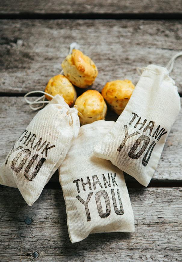 DIY-wedding-favours-thank-you-stamp-2