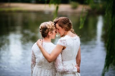 HERO-fontainenicola-backyard-melbourne-wedding_007