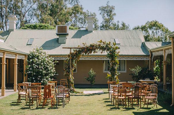 carla-zampatti-bride-country-nsw-wedding6