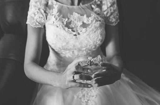 flower-crown-whimsical-wedding13